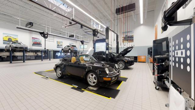 New 2019 Porsche Macan Macan
